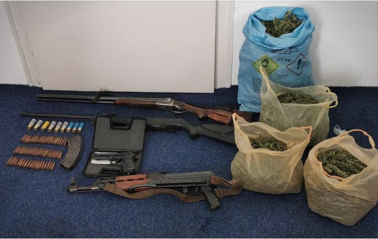 Запленето оружје и дрога во битолско, двајца приведени