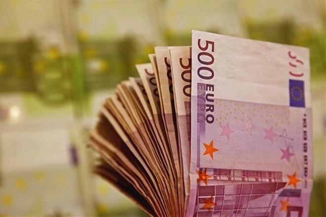 Над 8 и пол милијарди евра Владата планира догодина да го качи јавниот долг над 8 и пол милијарди евра