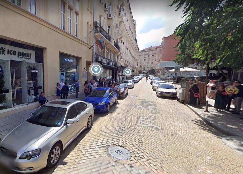 """На оваа улица во Софија """"живеат"""" неколку илјади Македонци со бугарски пасош"""