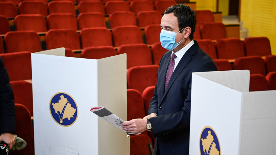 Избрана новата Влада на Косово, премиер Албин Курти