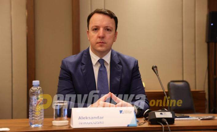 Николоски: Македонија може да остане без експресната пруга кон Солун поради неспособноста на Заев