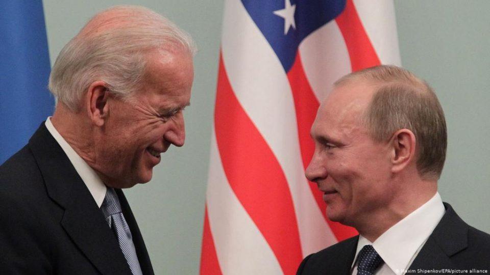 Искрен разговор полн со почит: Бајден му предложил на Путин директна средба во Европа