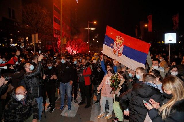 """Ѓоковиќ пречекан како """"крал"""" во Белград"""