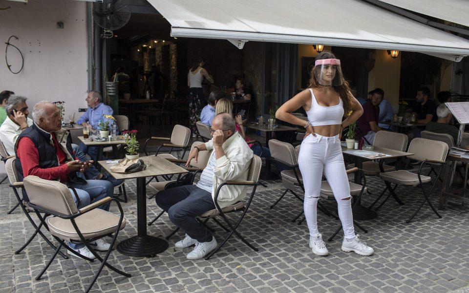 Без негативен тест нема да ве примат на работа во Грција