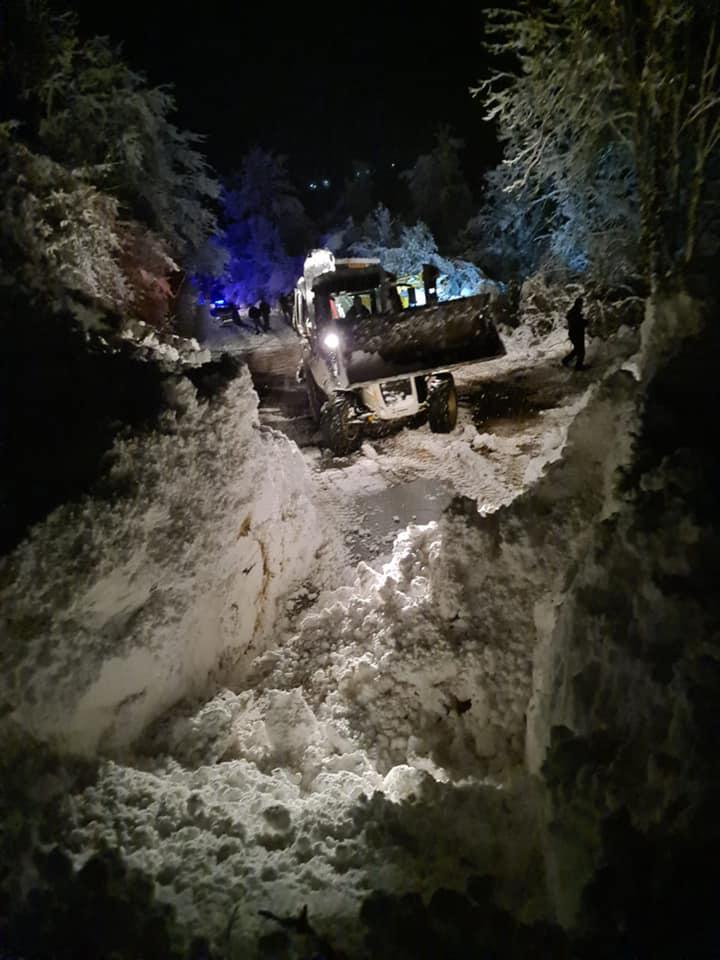 Три лавини во близина на Бигорскиот манастир – едно лице повредено