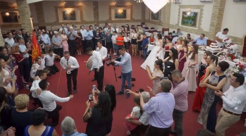 Новото нормално: Може свадба, ама без музика