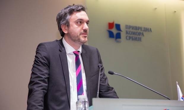 Бизнисмени од Македонија ќе се вакцинираат во Србија