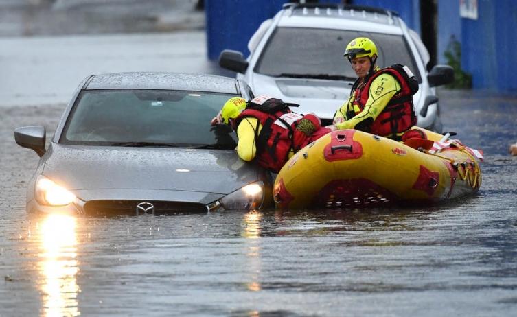 Најголеми поплави во Австралија последниве 60 години, илјадници евакуирани