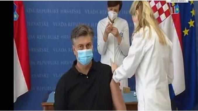 """Хрватскиот државен врв јавно се вакцинираше со """"Астра Зенека"""""""