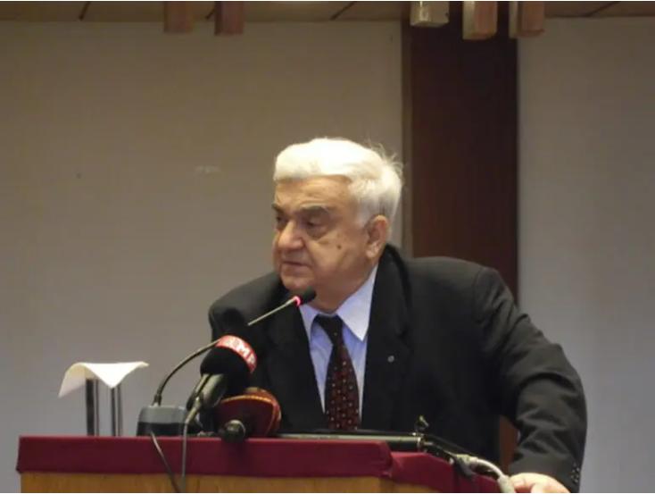 Почина академик Момир Харалампие Поленаковиќ