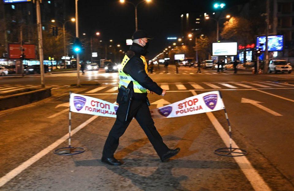 Неофицијално полицискиот час продолжува уште една недела