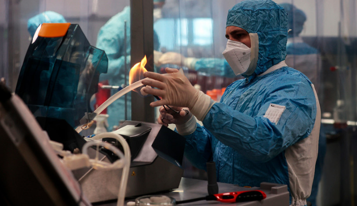 Пристигнува петтата руска вакцина против коронавирус