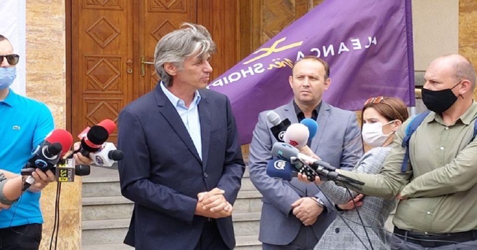 Алијанса за Албанците со дeмaнт: Пpoтecтот во Тетово не е организиран од албанската опозиција