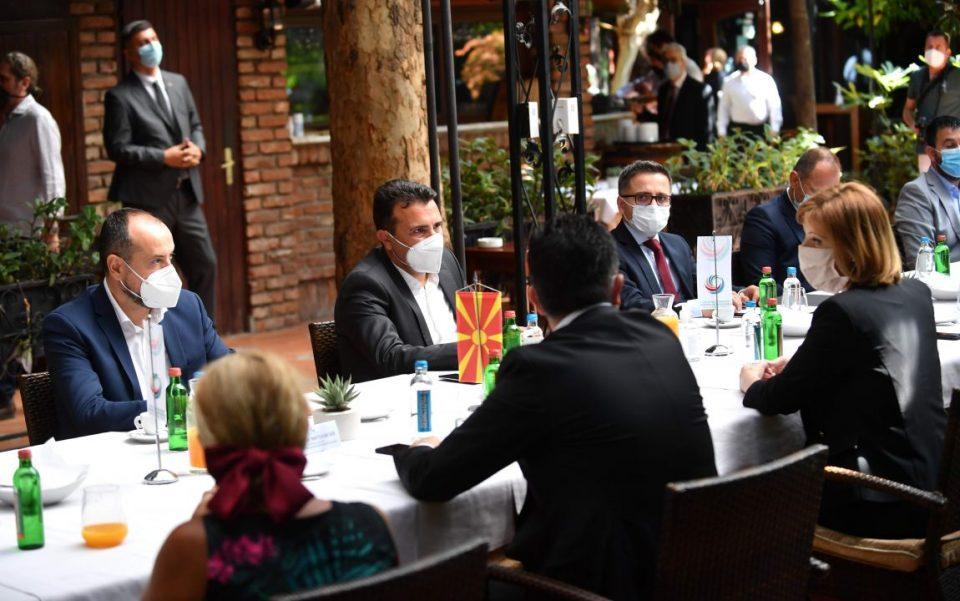 Оштетените штедачи бараат разрешување на министерот за финансии Фатмир Бесими