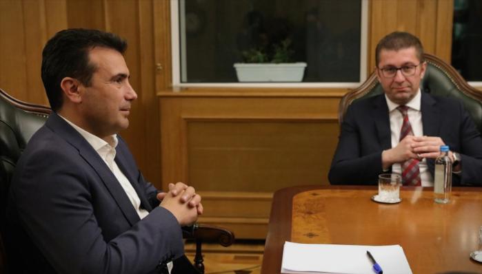 Мицкоски: Јас немам пенкало украдено, а Заев аболиран ја украде цела држава