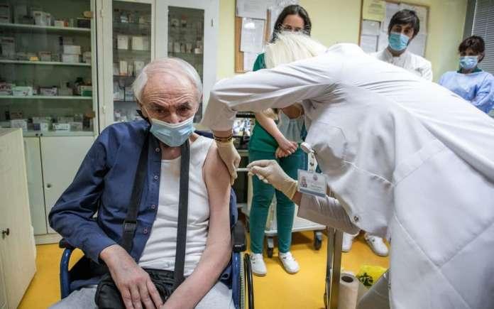 Црна Гора: Нема докази дека смртта на пациентот е поврзана со Астра Зенека