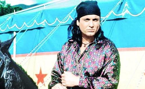 Се сеќавате на Ранду: Омилен лик му е Аркан, има и дрес од неговиот клуб