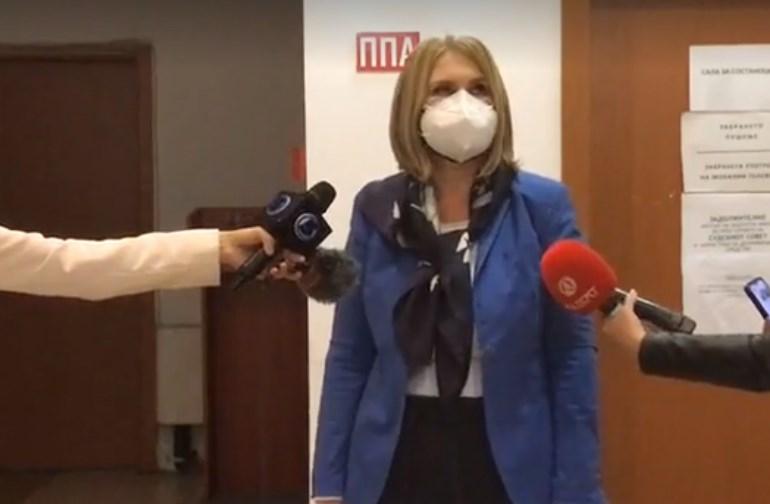 Оштените штедачи објавуваат шема по која се одвивал грабежот на Еуростандард во кој учествувал сопругот на Павлина Црвенковска