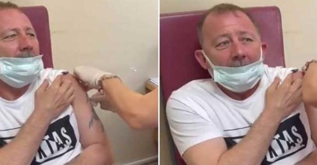 Го повикуваше Алах: Tренерот на Бешикташ лелекаше кога го боцкаа за вакцина