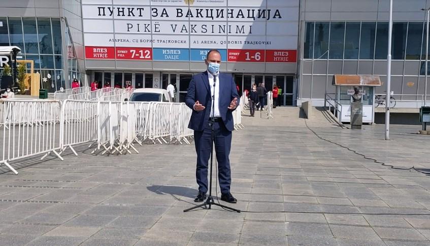 Панова до Филипче: Ефикасни сте министре единствено во пребројување на починатите, континуирана е единствено Вашата борба за провизии