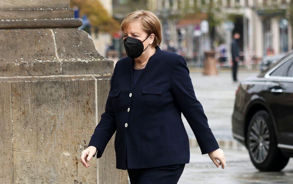 """Меркел: Очекуваме продолжение на дијалогот со САД за """"Северен тек 2"""""""