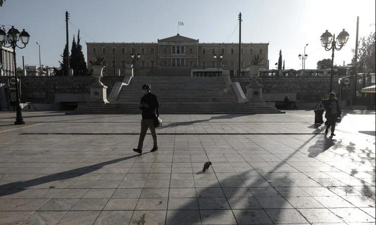 Рекорден број починати и приклучени на апарати во Грција
