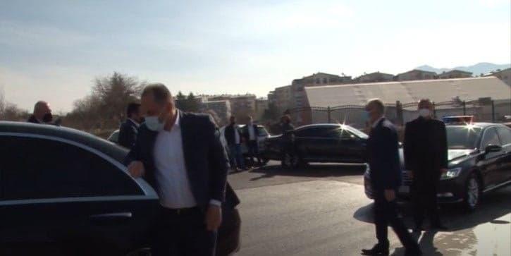 Не само поголем, туку Заев направил дупли трошок зошто владините автомобили го носеа од Прилеп за Битола
