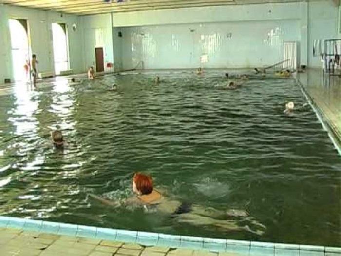 Во базен во Катлановска бања пронајдено починато лице