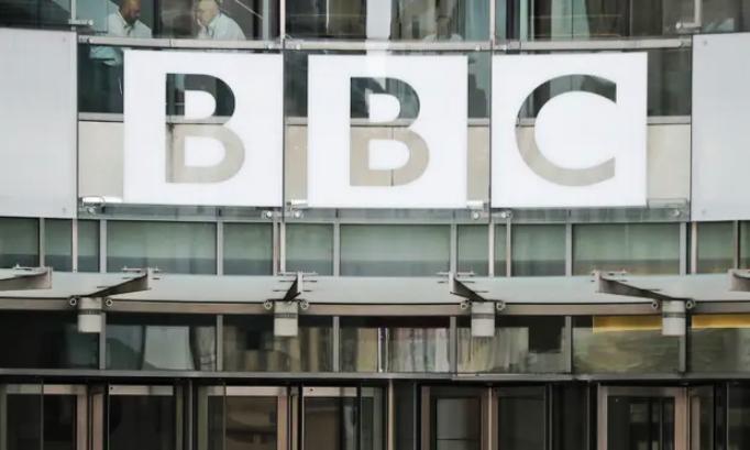 Наместо серии и ријалити шоуа емитувале вести: Би-Би-Си добил 100.000 жалби за известувањето за смртта на принцот Филип