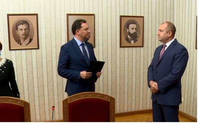 Митов од ГЕРБ му го врати мандатот на претседателот Радев за формирање нова бугарска Влада