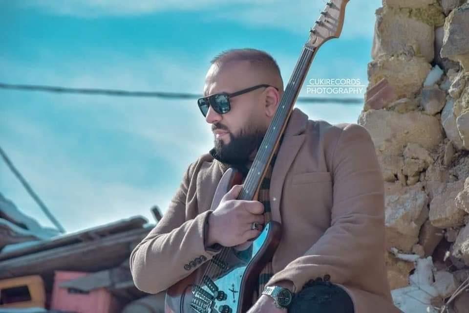 Во сон почина музичарот Денис Демиров