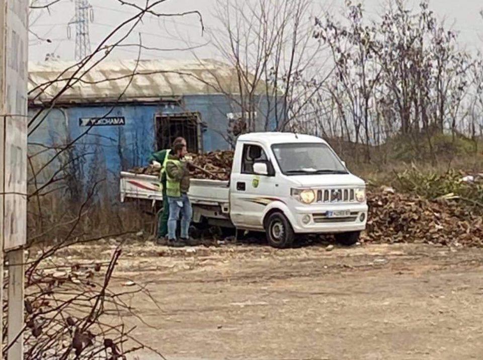 Комуналците на општина Бутел самите ги создаваат депониите во Кучевачка Бара