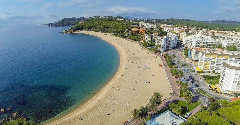 Шпанија од јуни ќе прима туристи со ковид сертификати