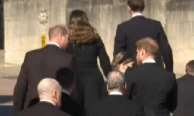 Браќата конечно разговарале: По погребот на принцот Филип, Хари најверојатно останува во Лондон