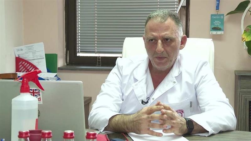 Д-р Илир Демири од пациентите има плакетата на вечноста, Лекарското друштво заборави на него