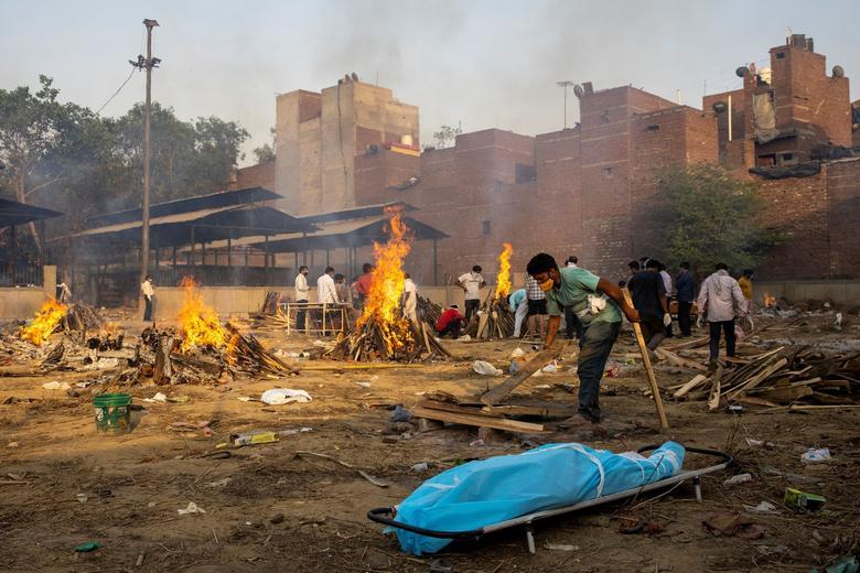 Црн рекорд за Индија: Земјата е втора во светот по бројот на починати од корона