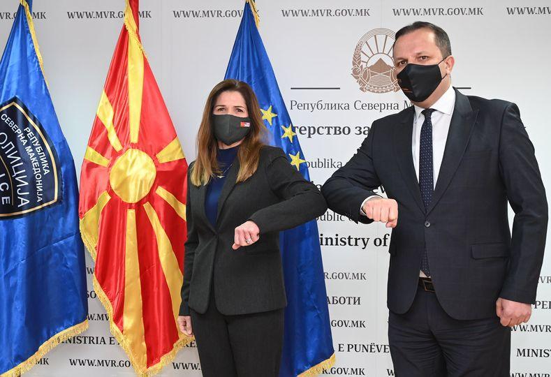 САД бараат од Спасовски да го заштити интегритетот на системот за издавање пасоши во Македонија