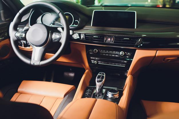 Да препознава замор кај возачот, самата да паркира, произведена во 2021 – МЖ Транспорт купува лимузина за 68.000 евра