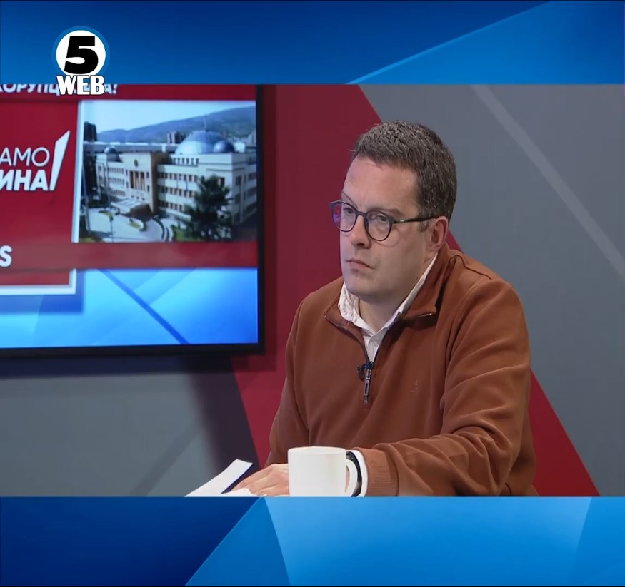 Јовановиќ сред емисија призна дека ја вработил жена му преку општинска СДСМ од Кавадарци