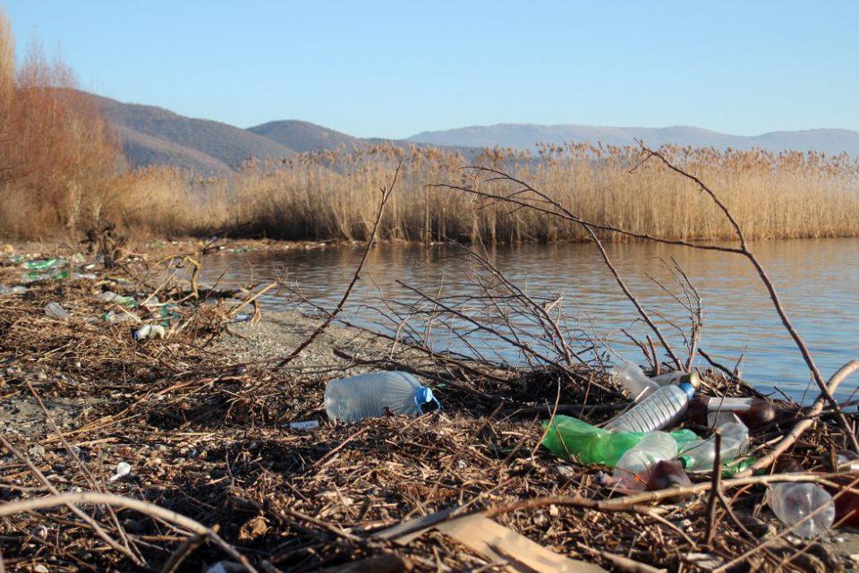 """Репортажа на шпански """"Ел Паис"""" за Македонија: Загрижувачко уништување на природното наследство и пасивност на властите"""