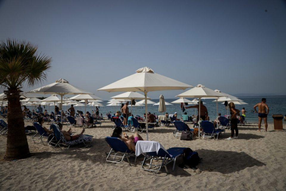 Одморот во Грција нема да е каков што го памтиме, вака изгледаат новите протоколи за на плажа