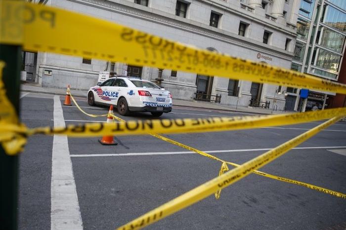 Масакр во САД: Петмина убиени, меѓу нив и две деца