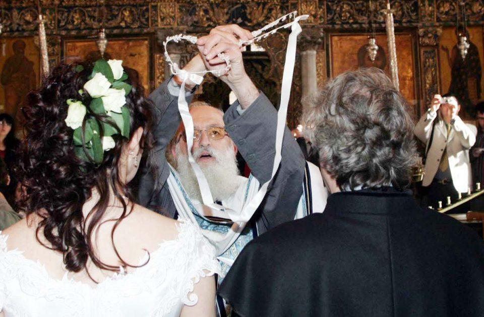 Кипар од 17 мај ќе дозволи одржување свадби и крштевки