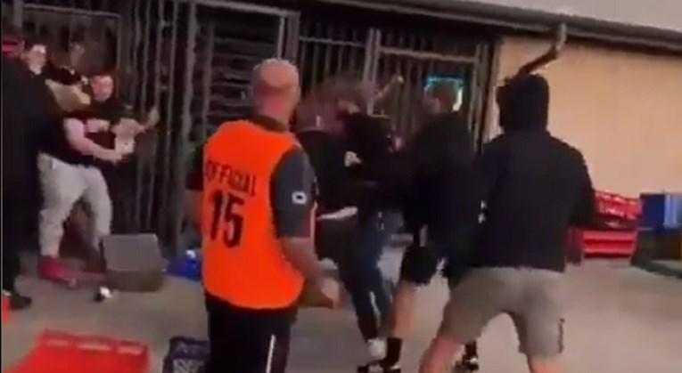 Навивачи на македонски и хрватски клубови се испотепале во Австралија