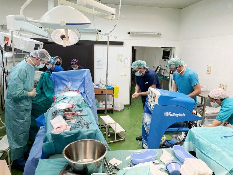 За првпат во историјата на македонското здравство направена експлантација на коски и коскени ткива од починат донор
