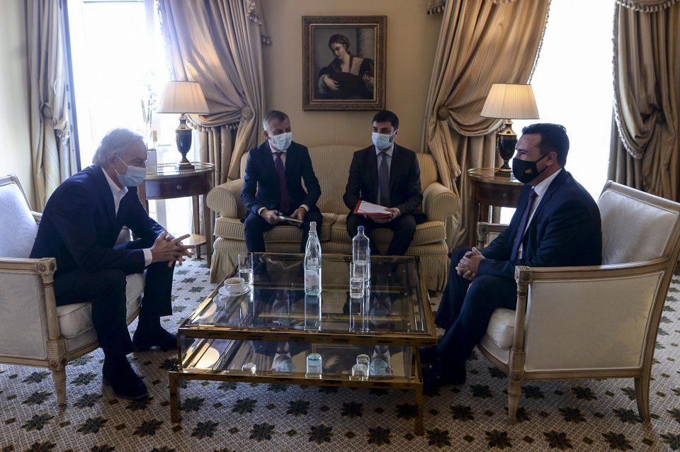 """Средба Заев-Блер: Потенцијали за соработки со глобалната ИТ компанија """"Оракл"""" за враќање на мобилноста на граѓаните"""