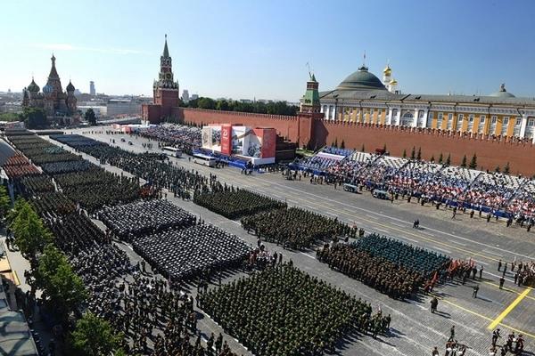 Во Москва парада по повод Денот на победата