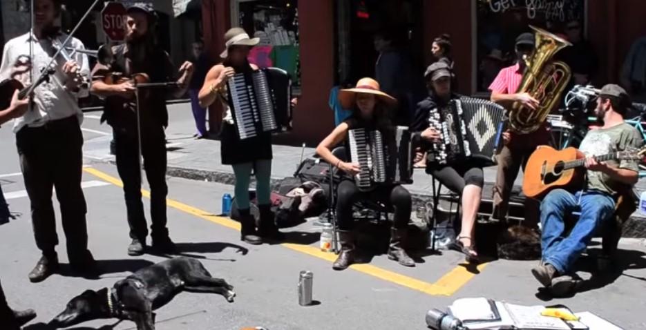 Ќе ви се наполни душата: Вака звучи Јонче Христовски во Њу Орлеанс