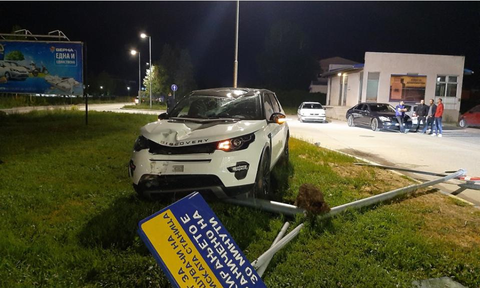 """Џип влетал во бензинската """"Макпетрол"""" на Јадранска магистрала"""