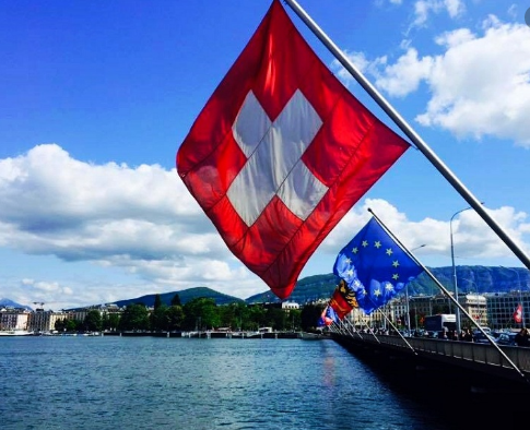 Се затегнуваат односите меѓу ЕУ и Швајцарија: Истекуваат договорите со кои на алпската земја и се дава повластен статус
